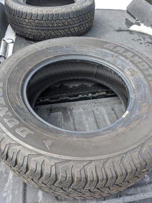 Photo (4) 265 70 17 Dunlop 4runner take off tires like new