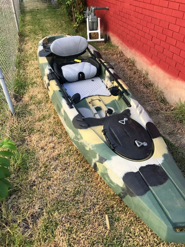 Kayak Field And Stream Shadow Caster 12 For Sale In Temple Tx