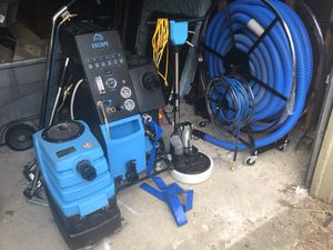 Photo Carpet Cleaning Equipment