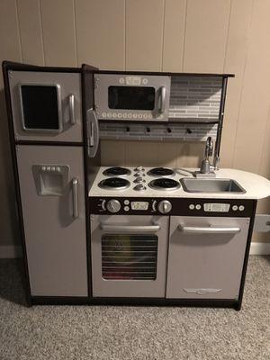 Almost Like New! — KidKraft Uptown Espresso Kitchen for Sale in Arlington, VA