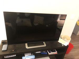 """Vizio 47"""" smart tv for Sale in Alexandria, VA"""