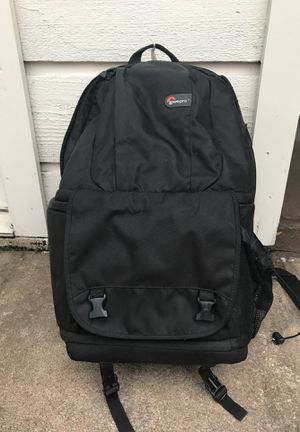 Lowepro DLSR Camera and Laptop Backpack for Sale in Houston, TX