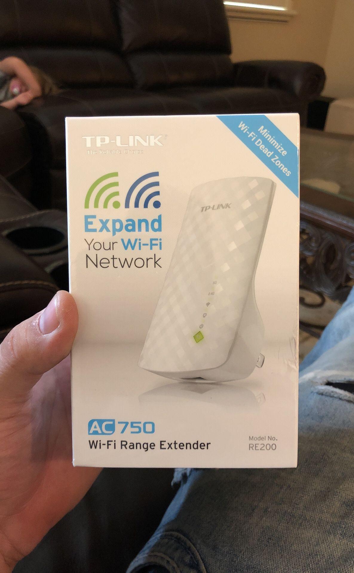 Tp-link Ac 750. WiFi range extender