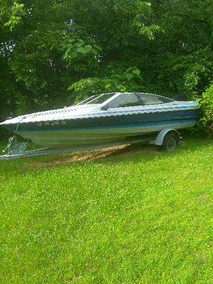 Boat 1989 Bayliner Capri for Sale in Pittsburgh, PA