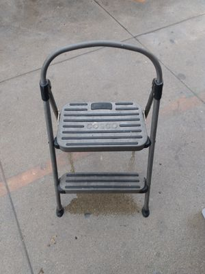 Photo Two step ladder