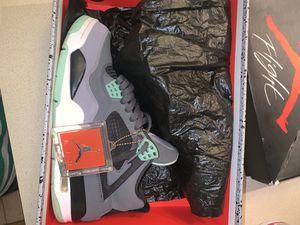 Green glow Jordan 4s size 8.5 for Sale in Phoenix, AZ