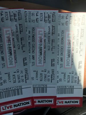 Chris brown tickets for Sale in St. Louis, MO