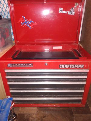 Photo Craftsman 5 drawer tool chest with key