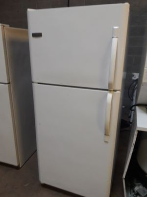 Frigidaire refrigerator nice condition working perfectly clean and neat warranty and deliver for Sale in Baltimore, MD