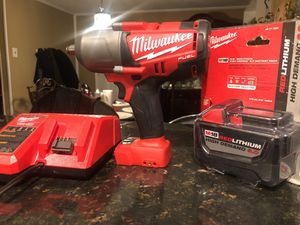Milwaukee Fuel 1/2 impact wrench end 9.0 battery for Sale in MD CITY, MD