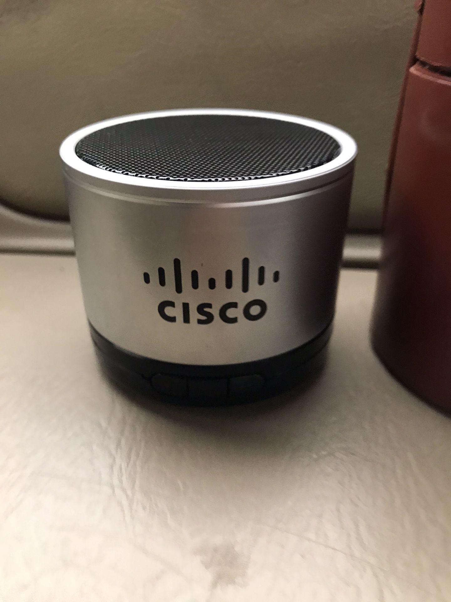 Cisco BlueRock wireless Bluetooth speaker