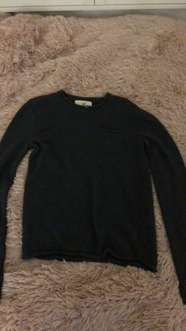 8572e68d65b Hollister sweater duo for Sale in Hayward, CA - OfferUp