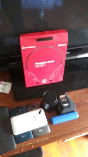 Bluetooth headphones Bluetooth speaker and for phones for Sale in Philadelphia, PA