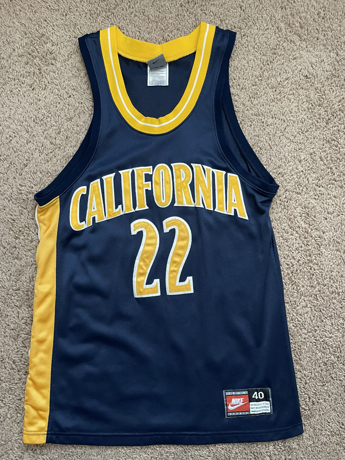 Vintage Cal Berkeley Nike authentic Jersey Size 40