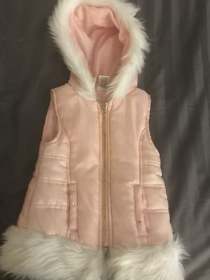 Puffer Vest 5T for Sale in Roselle, IL