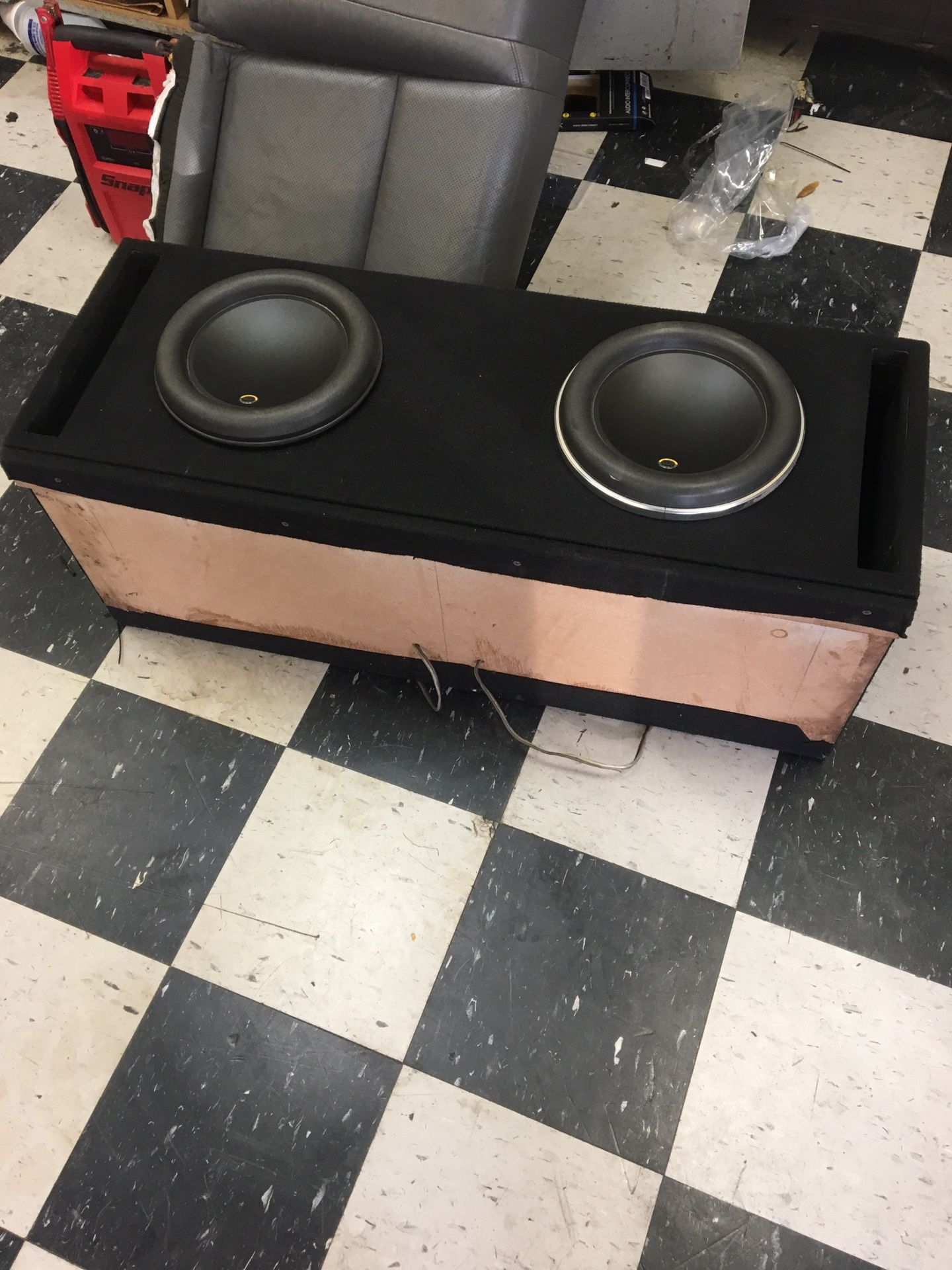 Custom box for 10 W7(without the subs)