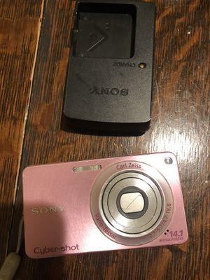 Sony cybershot camera for Sale in Clarksburg, MD