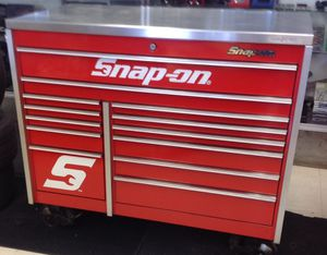 Snap-on roll away tool box for Sale in Denver, CO