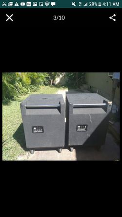 """6 bass subwooffer: speakers cerwin vega 18"""" LR 36 peak power: 1500 watts all passive great conditons .with break swich $530 each or price for all!! Thumbnail"""