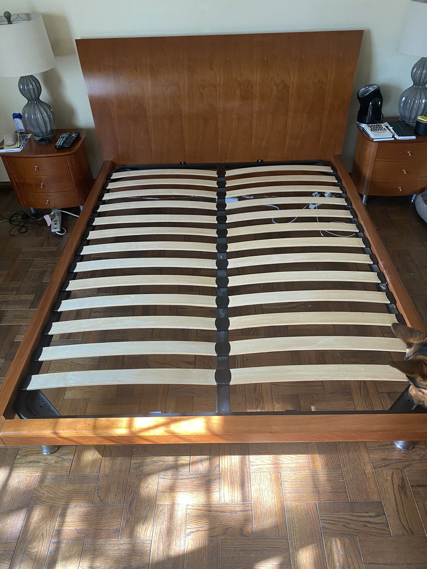 Queen Sized Wooden Bed Frame With 2 Night Stands And 6 Drawer Dresser