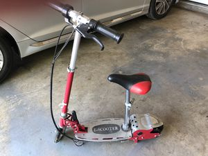 Childs electric scooter with brakes and adjustable seat for Sale in Cordova, TN
