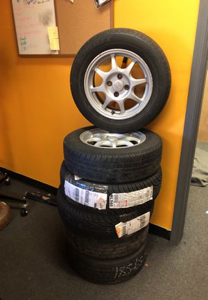185 / 65R14 OEM HONDA ALLOY RIMS AND TIRES for Sale in Springfield, VA