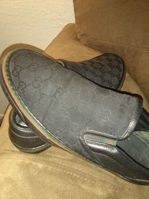 4a836a0923bc07 Authentic Gucci shoes Vans for Sale in North Las Vegas