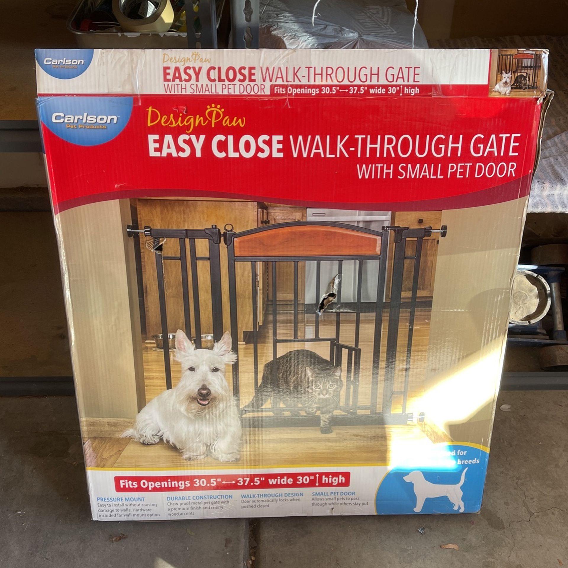 Easy Close Walk-Thru Pet Gate
