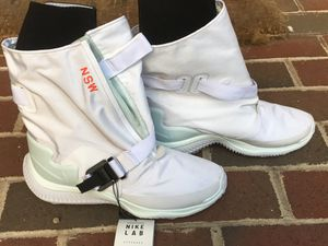 New! Ladies Nike Gaiter sky boots white ( new with tags) $250 retail for Sale in Silver Spring, MD