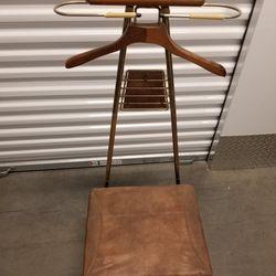 1926 Shoe Shine Chair Thumbnail