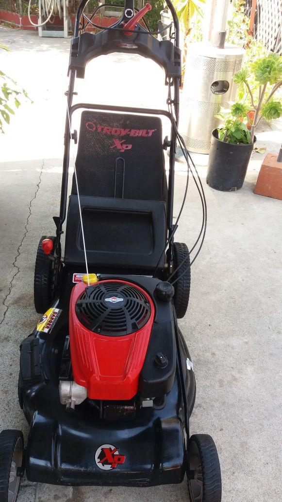 Troy bilt 3 speed lawn mower for Sale in Paramount, CA - OfferUp