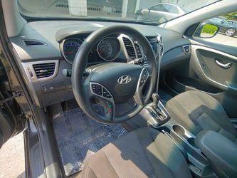 2016 Hyundai Elantra GT Thumbnail
