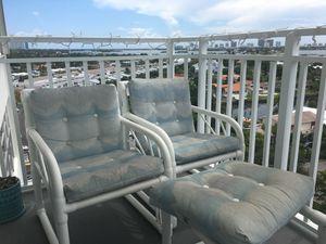 Outdoor balcony set for Sale in Miami, FL