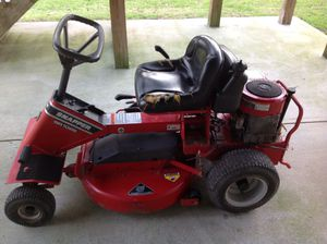 Photo 28 INCH SNAPPER RIDING LAWN MOWER