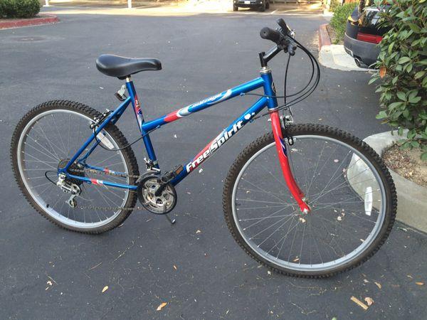 Free Spirit Outrage 15 speed Mountain bike for Sale in Santa Clarita, CA -  OfferUp
