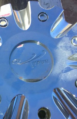 TyFUN CENTER CAPS for Sale in Las Vegas, NV