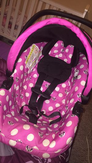 Minnie Mouse Infant Car Seat For Sale In Erie PA