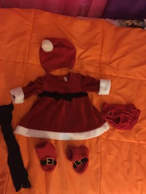 Vestido de santa todo por$ 10 for Sale in Germantown, MD