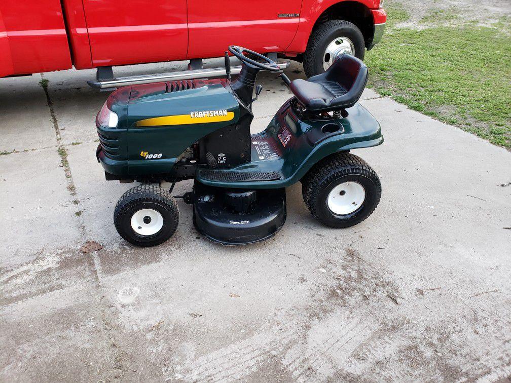 Craftsman LT1000 Riding Lawn Mower