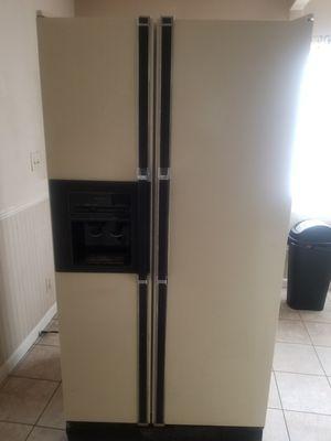 Double fridge for Sale in Tacoma, WA