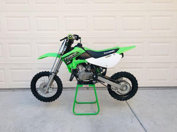 Dirt bike - 2015 kx65 kawasaki plus gear!