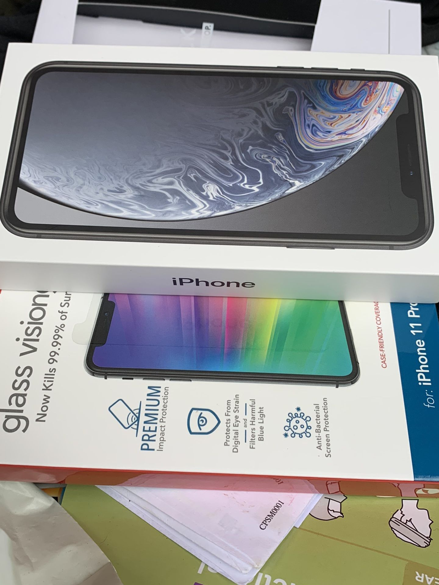 iPhone Xr Brand New 450 Unlocked