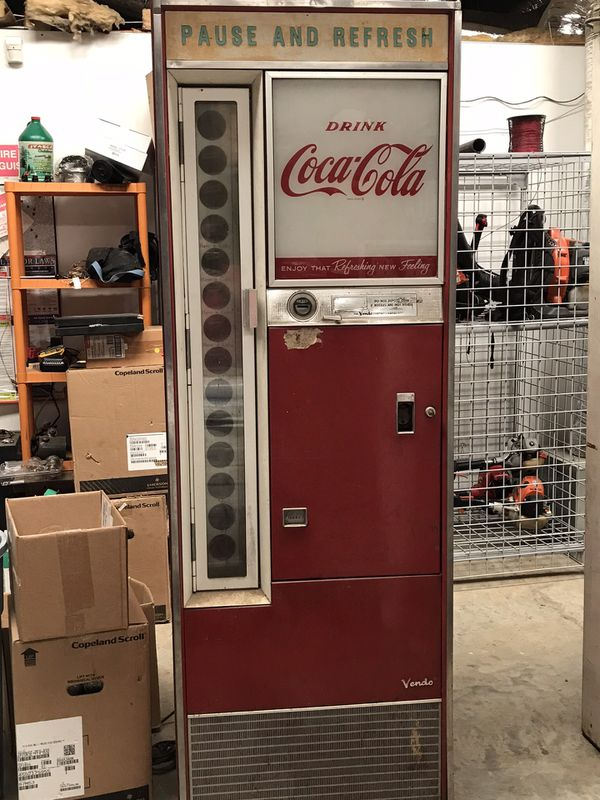Glass Bottle Coke Machine for Sale in Thomasville, NC - OfferUp