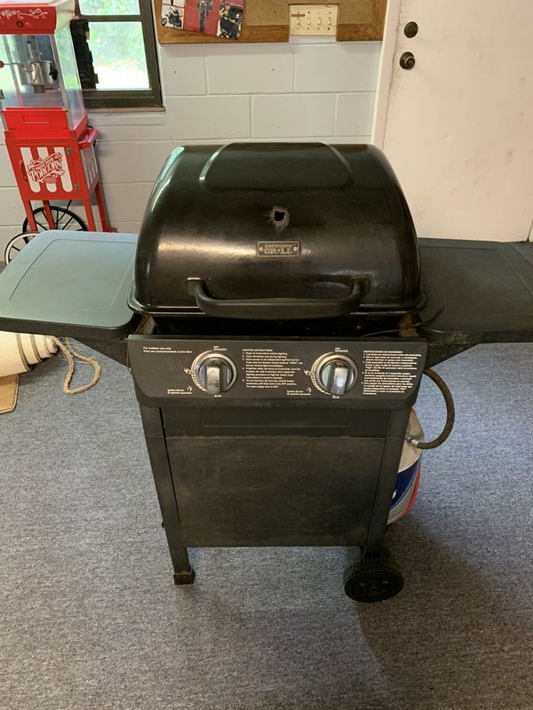 Backyard grill for Sale in Tampa, FL - OfferUp