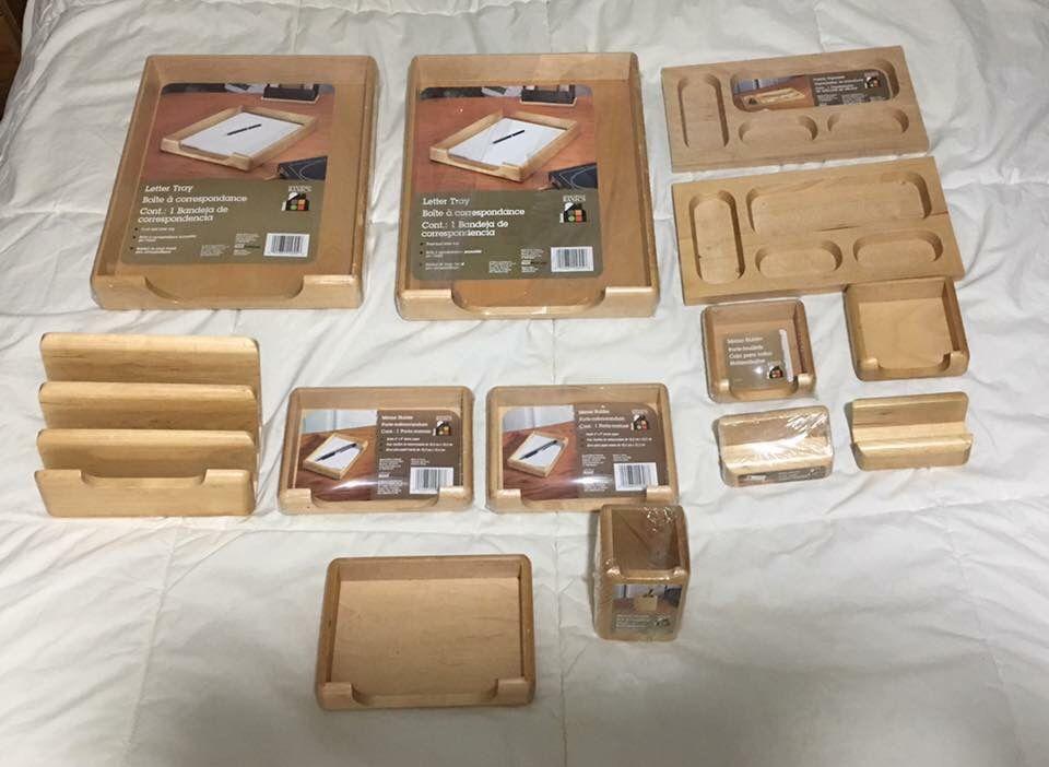 14 piece wooden desk set