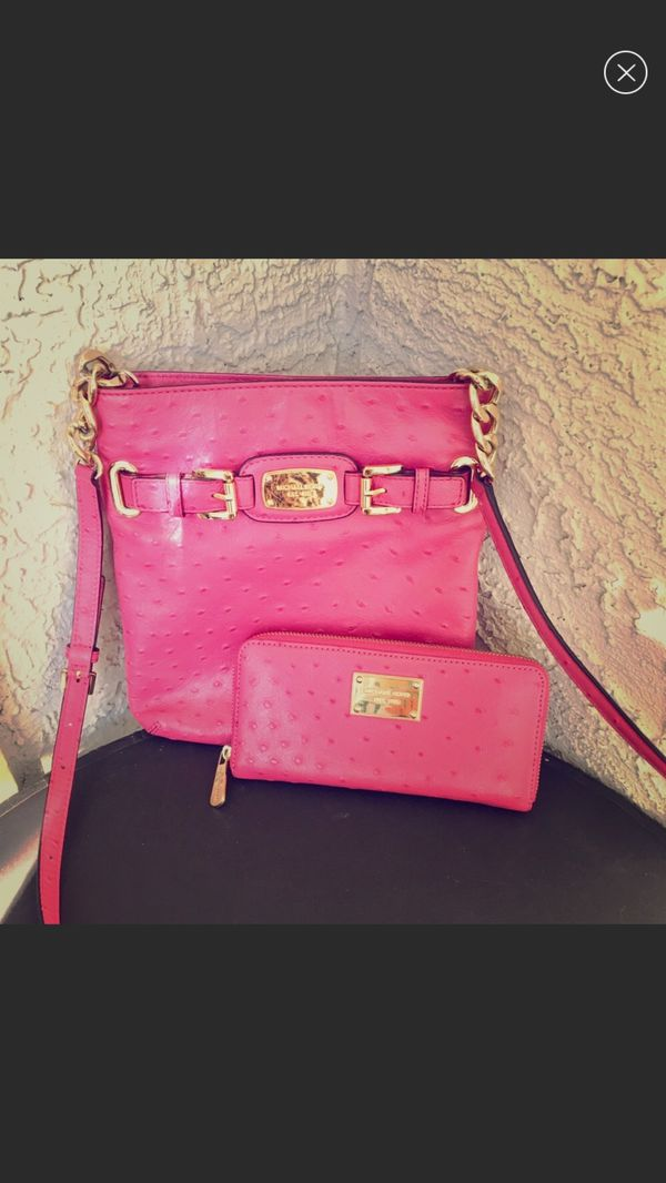 38a30ce34418 Michael Kors MK urse and wallet for Sale in Carrollton, TX - OfferUp