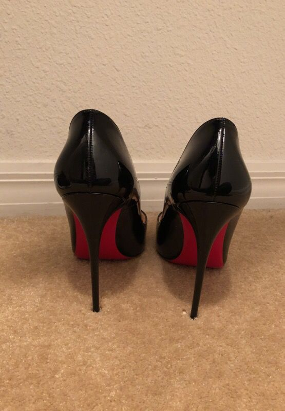 "new arrival 43cdc 6c244 Christian Louboutin ""So Kate"" Black Patent Leather Size 40 for Sale in  Spring Hill, FL - OfferUp"