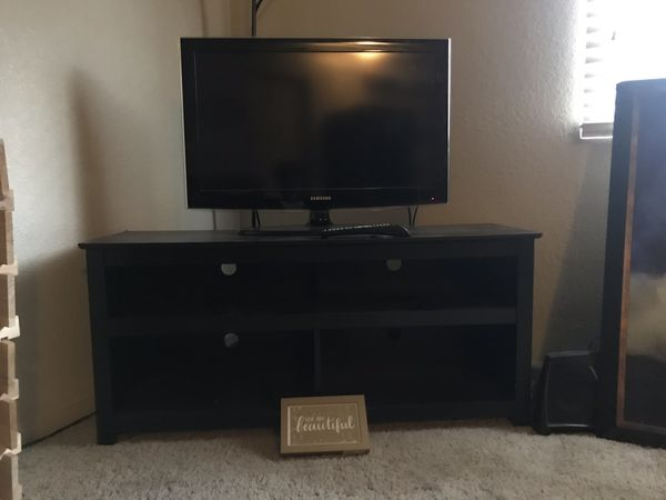Samsung Tv 32 Inch Black Tv Stand For Sale In Fresno Ca Offerup
