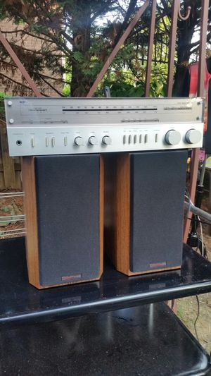 Vintage bookshelf stereo BIC Venturi v52 (made in USA) speakers for Sale in Montgomery Village, MD