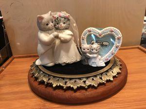 Precious Porcelain Kitty Wedding Set for Sale in Manassas, VA